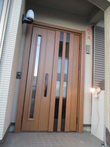 玄関断熱・通風ドア(施工後)