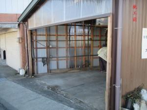 施工前(車庫出入り口)