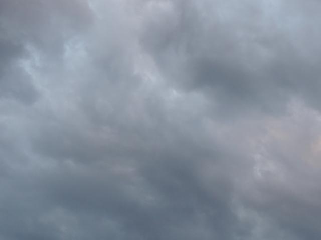 曇り空181004