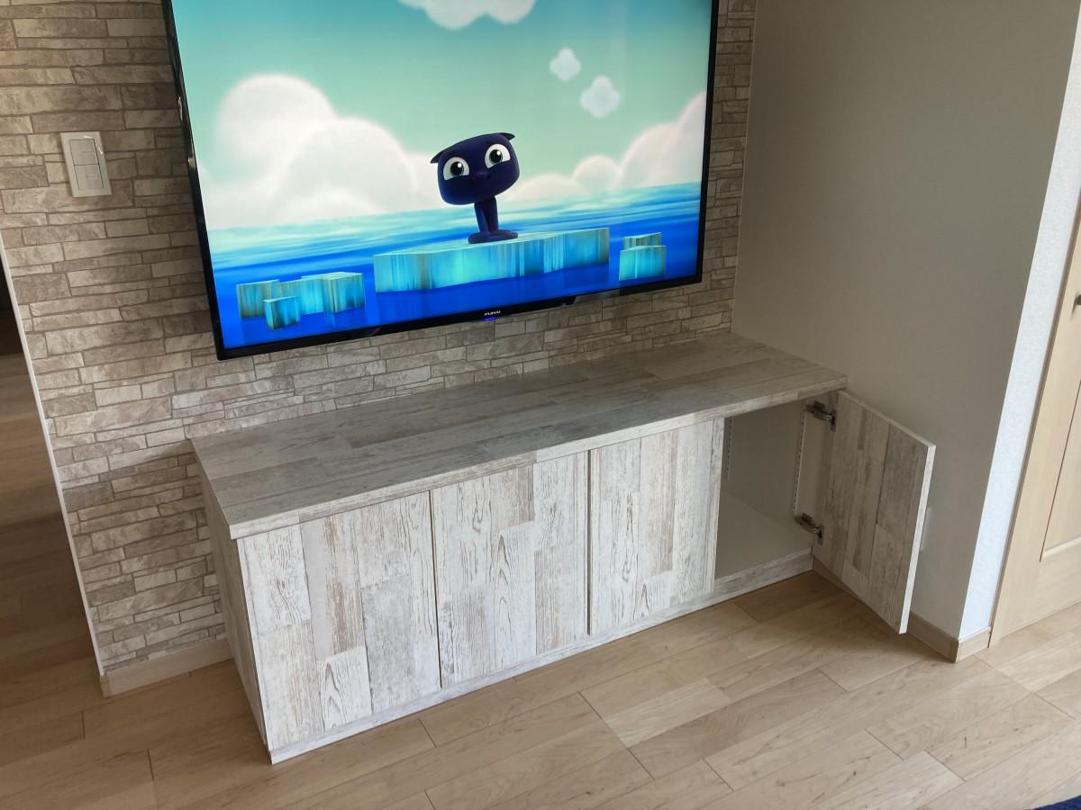 TVボード&キャビネット